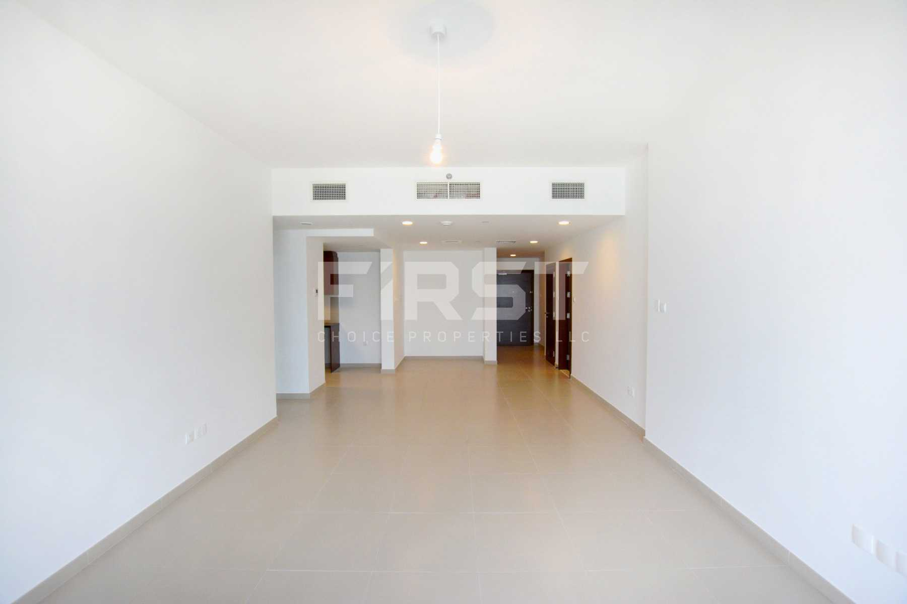Internal Photo of 3 Bedroom Apartment in The Gate Tower Shams Abu Dhabi Al Reem Island Abu Dhabi UAE (2).jpg