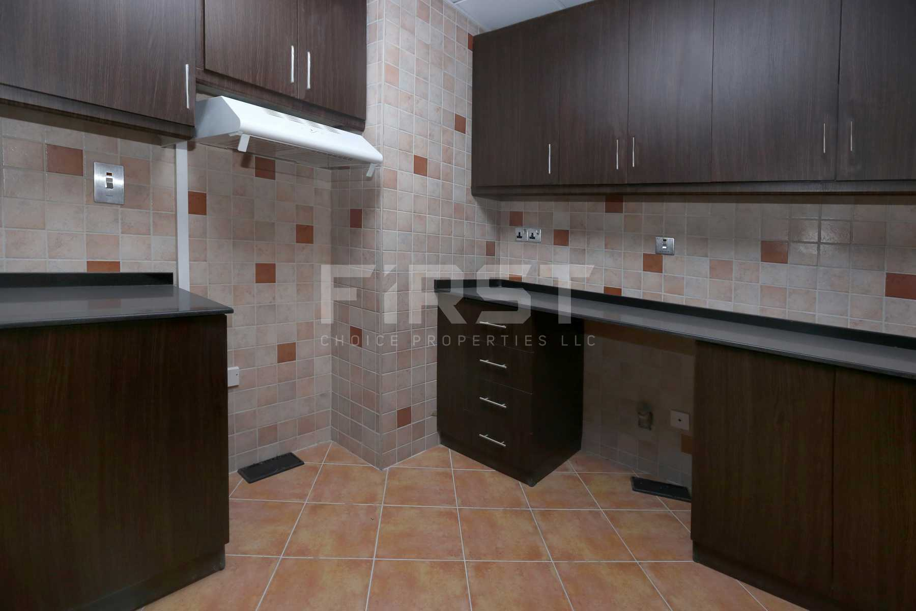 Internal Photo of 2 Bedroom Apartment in Hydra Avenue City of Lights Al Reem Island Abu Dhabi UAE (4).jpg