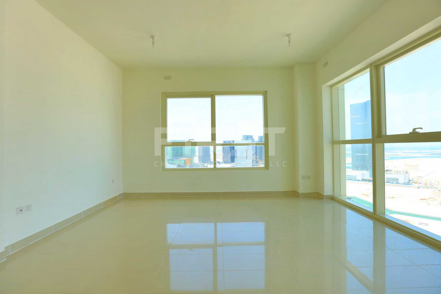 Internal Photo of Studio Apartment in Al Maha Tower Marina Square Al Reem Island Abu Dhabi UAE (9).jpg