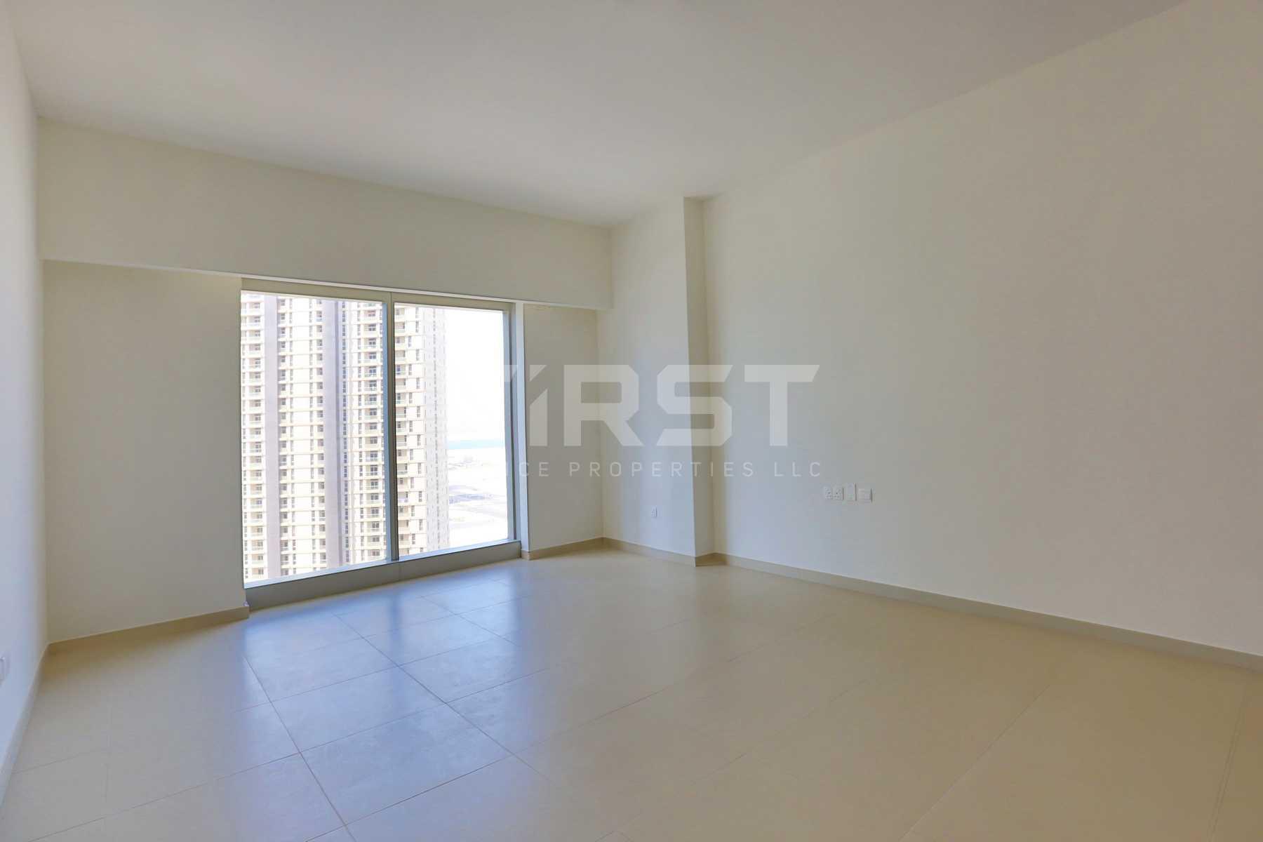 Internal Photo of Studio Apartment in The Arc Al Reem Island Abu Dhabi UAE (16).jpg