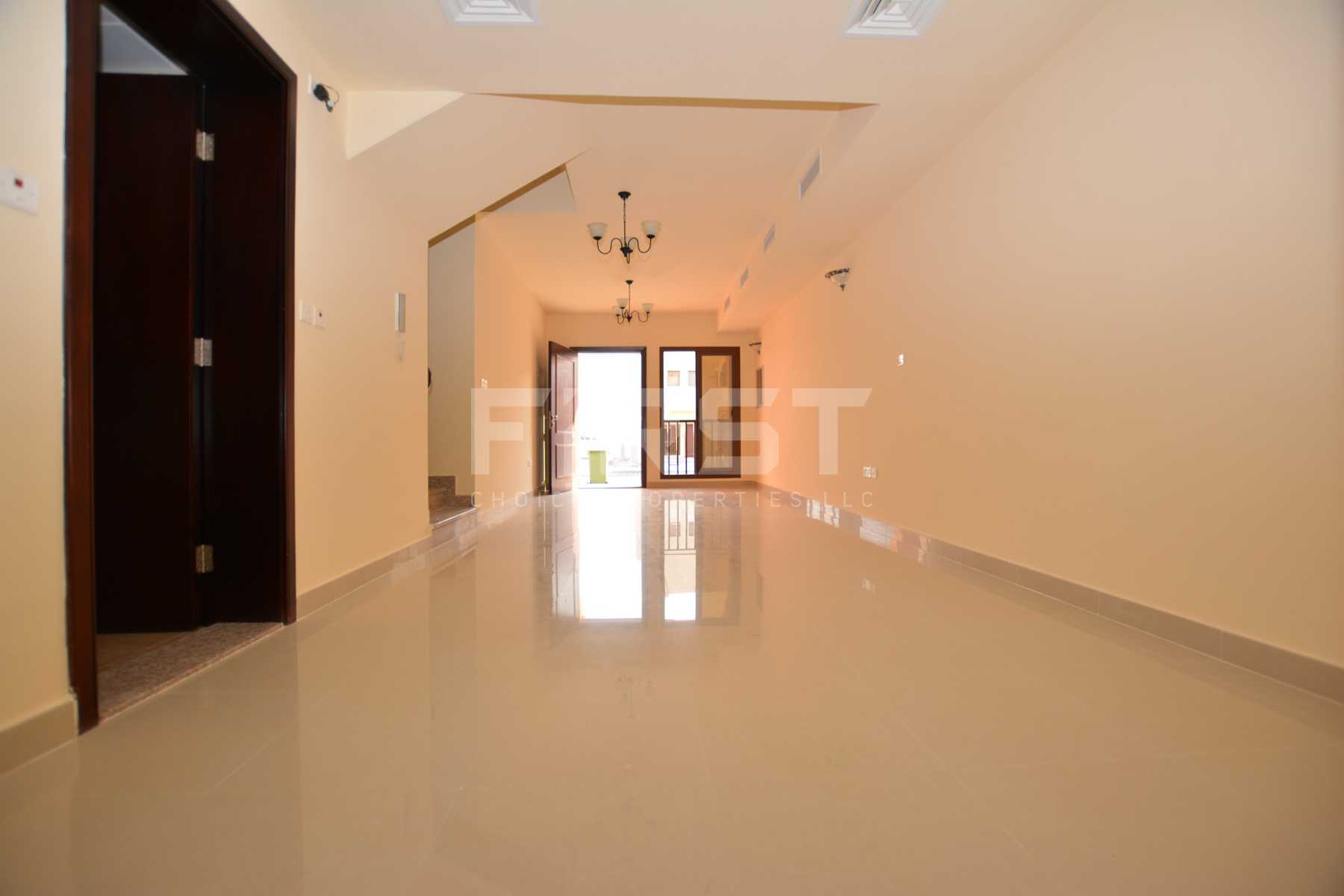 Internal Photo of 2 Bedroom Villa in Hydra Village Abu Dhabi UAE (7).jpg