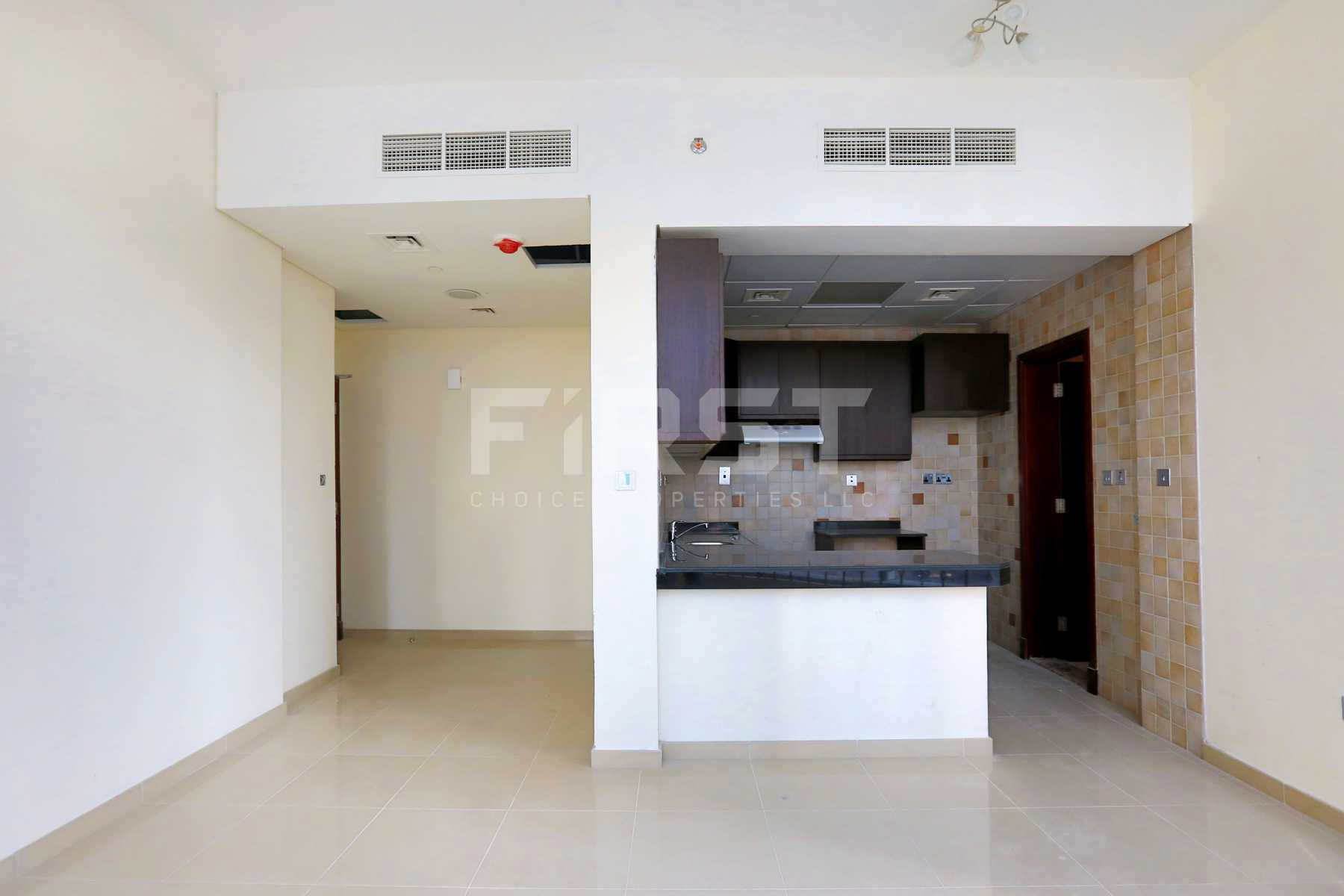 Internal Photo of Studio Apartment in Hydra Avenue City of Lights Al Reem Island Abu Dhabi UAE  (6).jpg