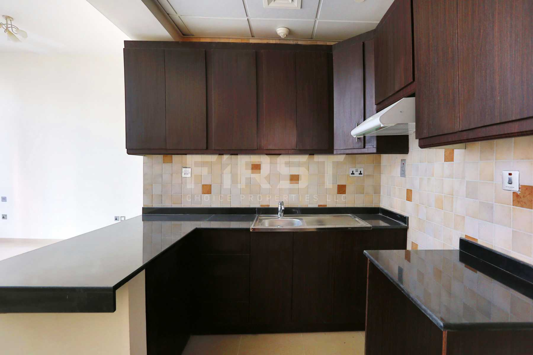 Internal Photo of Studio Apartment in Hydra Avenue City of Lights Al Reem Island Abu Dhabi UAE  (7).jpg