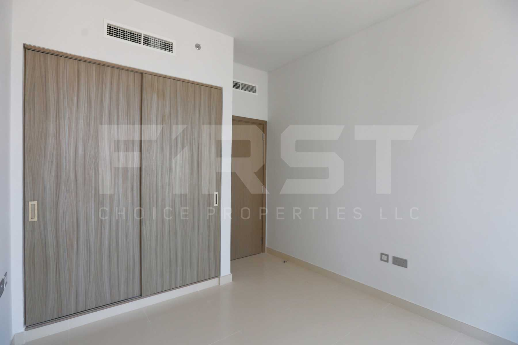 Internal Photo of 1 Bedroom Apartment in Meera Shams Al Reem Island Abu Dhabi UAE (5).jpg
