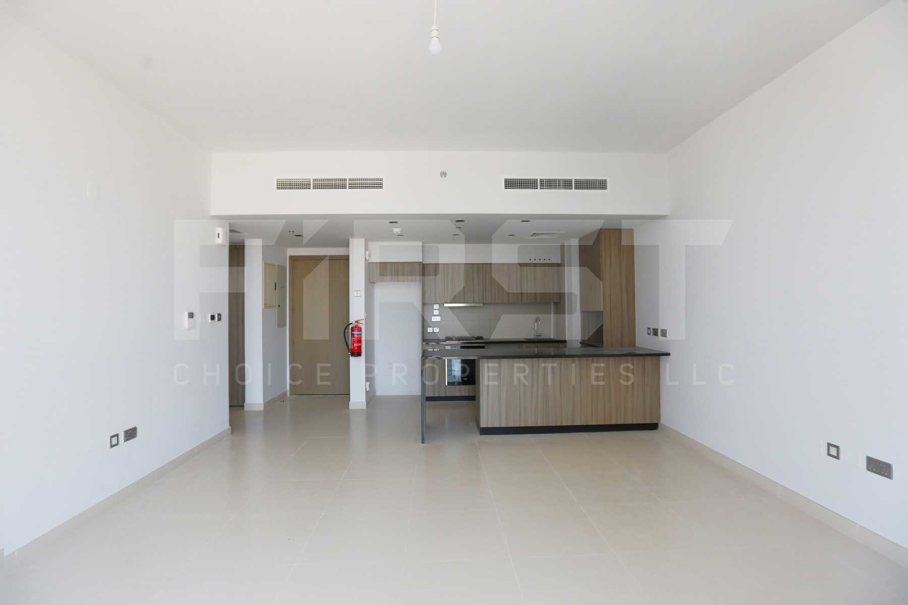 Internal Photo of 1 Bedroom Apartment in Meera Shams Al Reem Island Abu Dhabi UAE (8).jpg