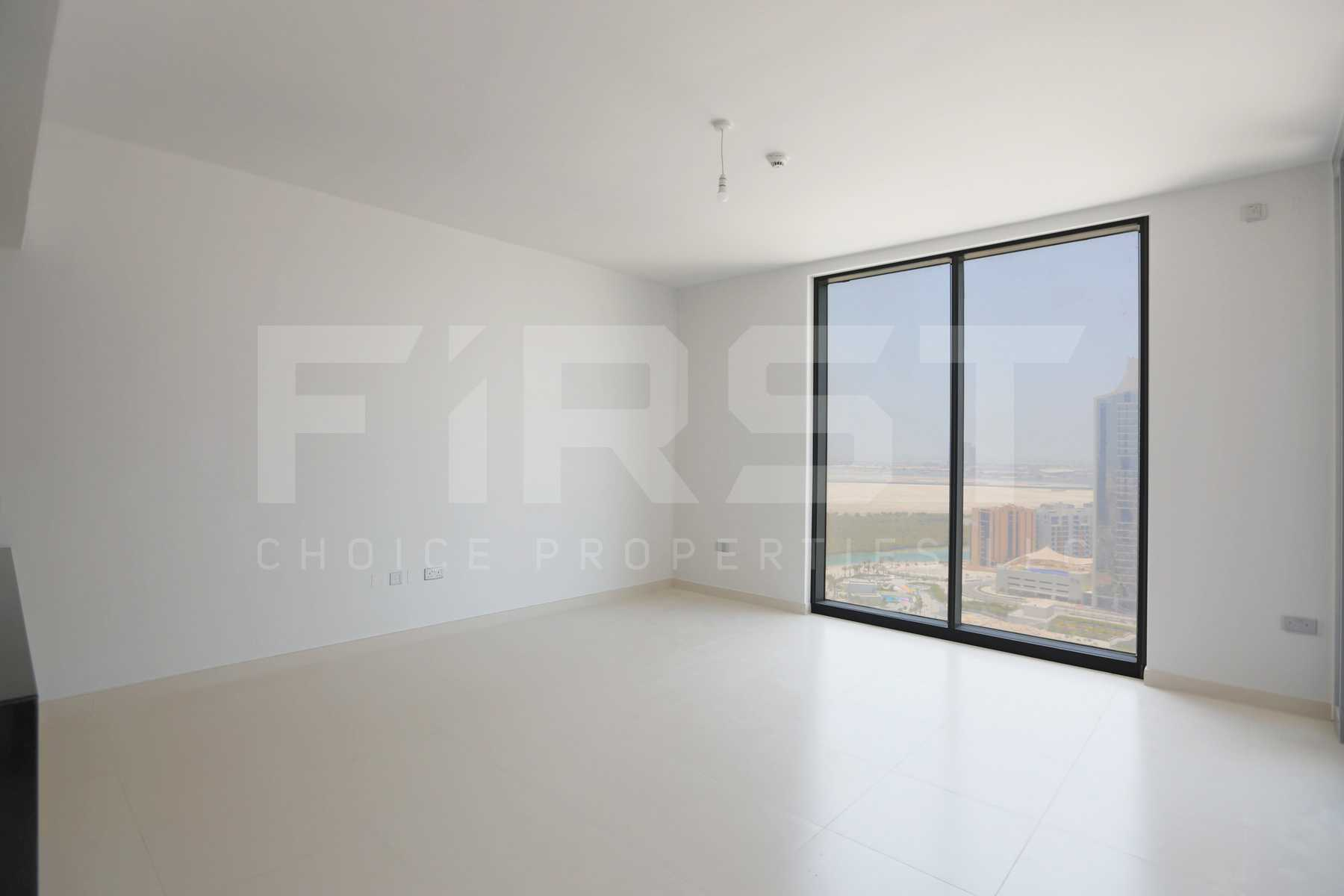Internal Photo of 1 Bedroom Apartment in Meera Shams Al Reem Island Abu Dhabi UAE (9).jpg