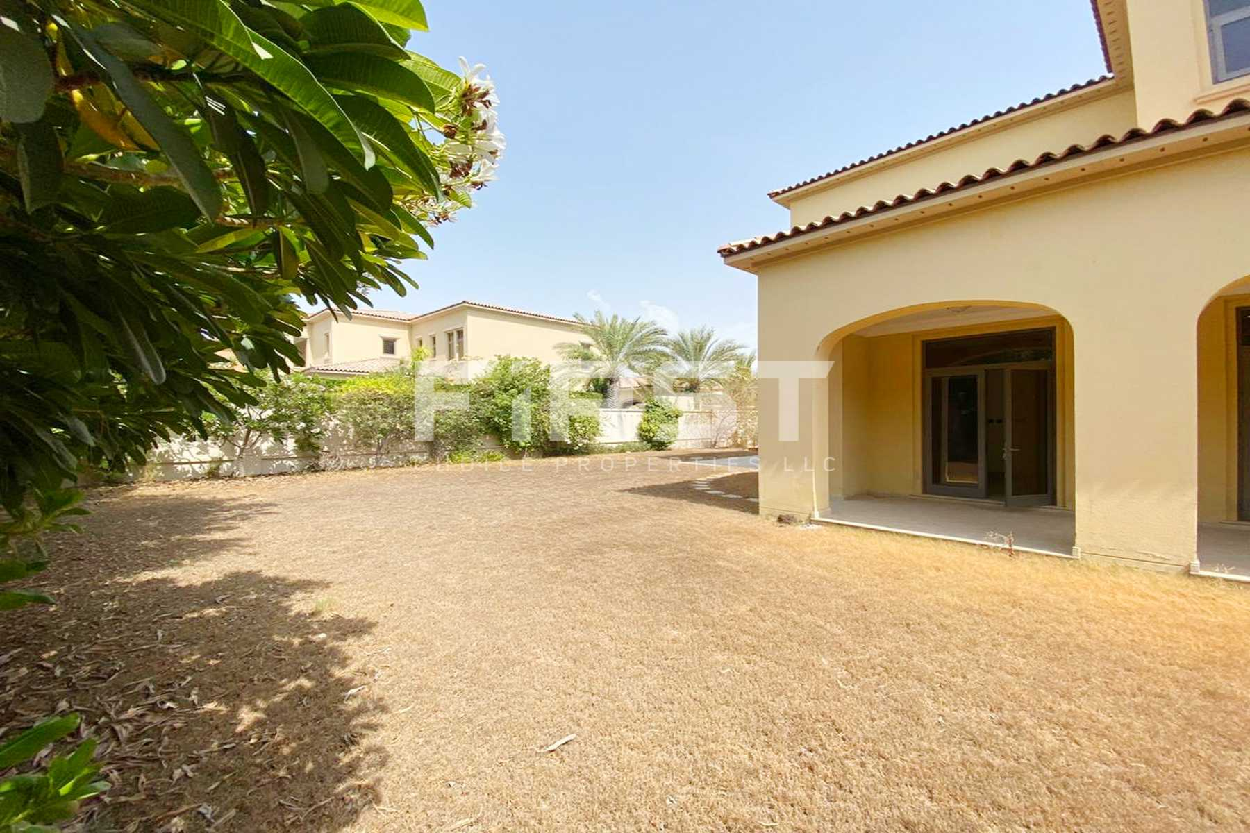 External Photo of 5 Bedroom Villa in Saadiyat Beach Villa in Saadiyat Island Abu Dhabi UAE (2).jpg