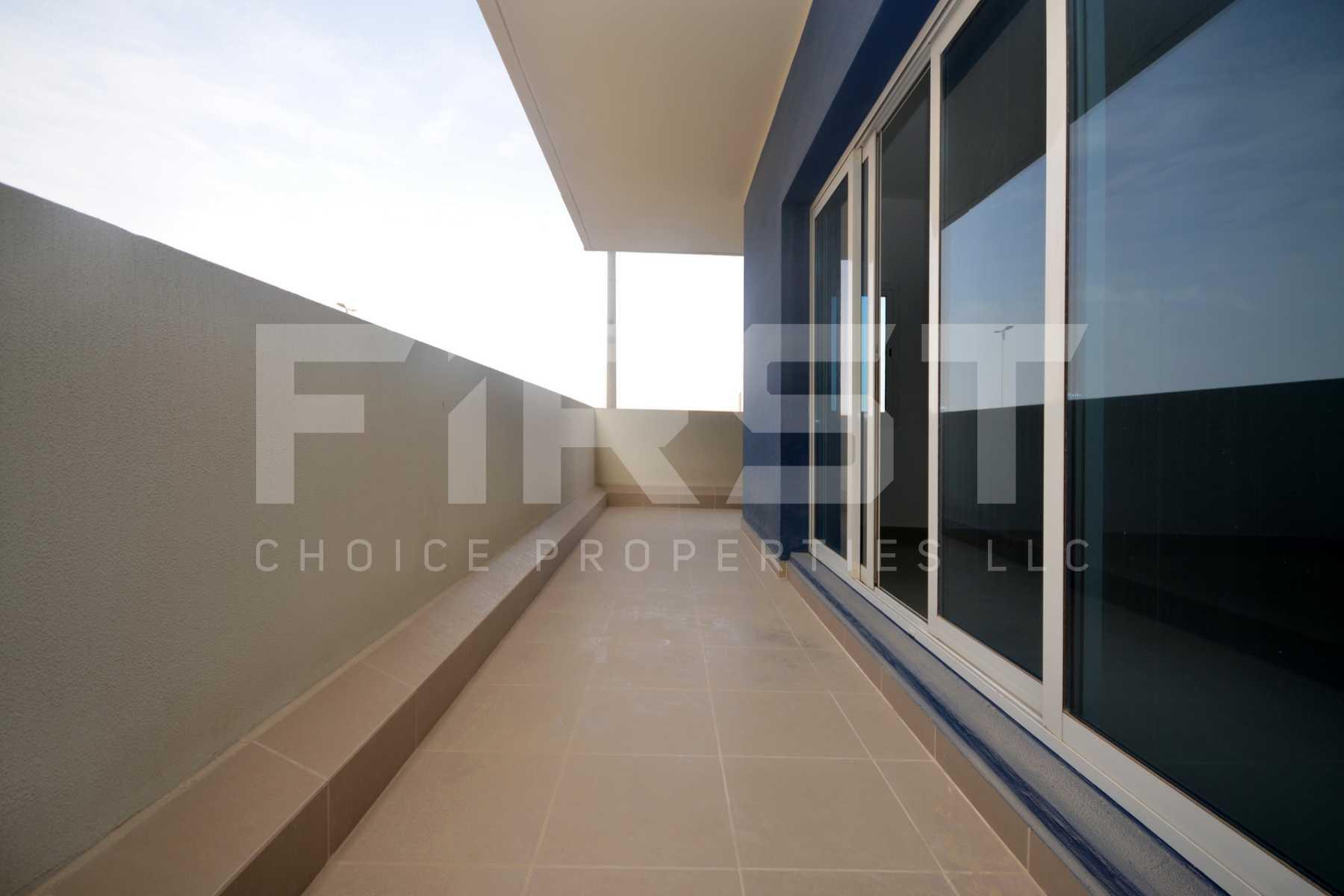 Internal Photo of 3 Bedroom Apartment Closed Kitchen in Al Reef Downtown Al Reef Abu Dhabi UAE (3).jpg