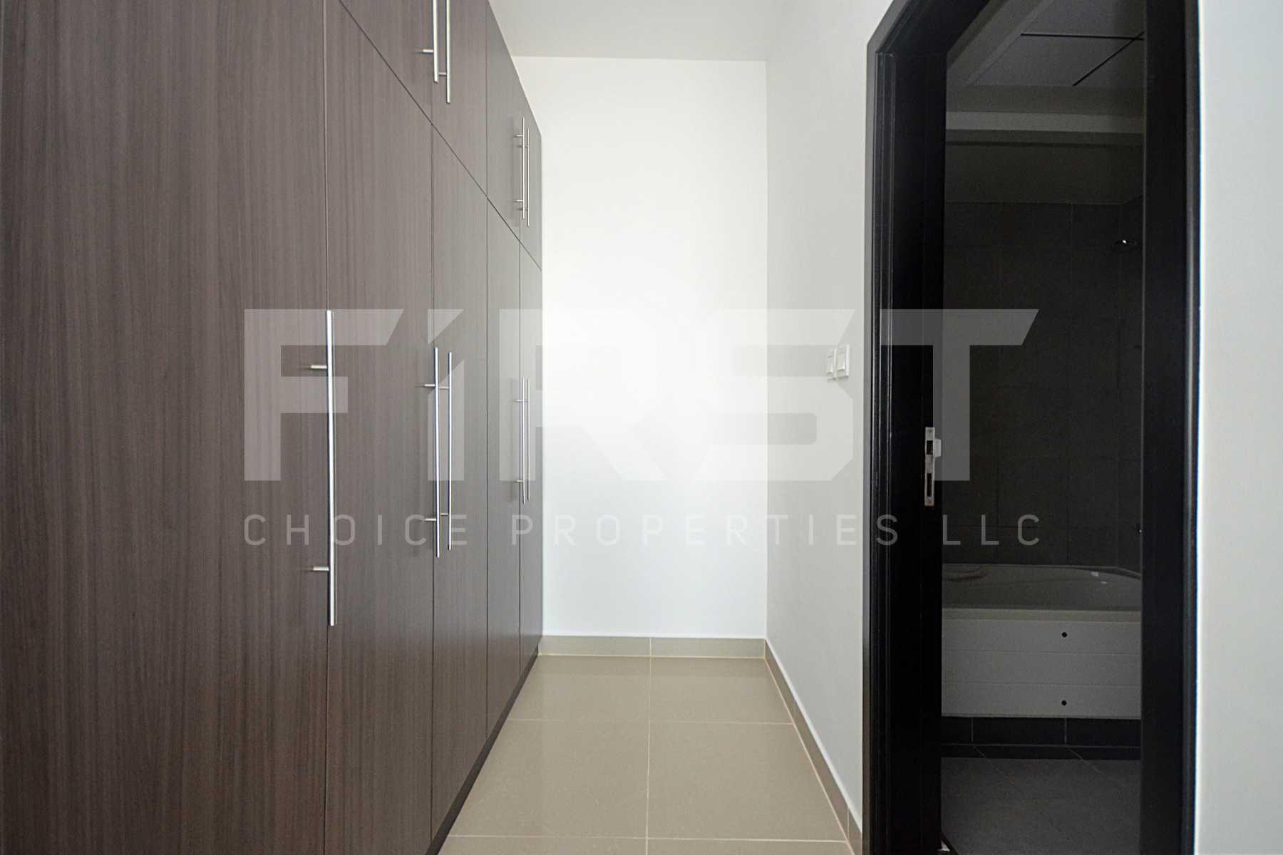 Internal Photo of 3 Bedroom Apartment Closed Kitchen in Al Reef Downtown Al Reef Abu Dhabi UAE (17).jpg