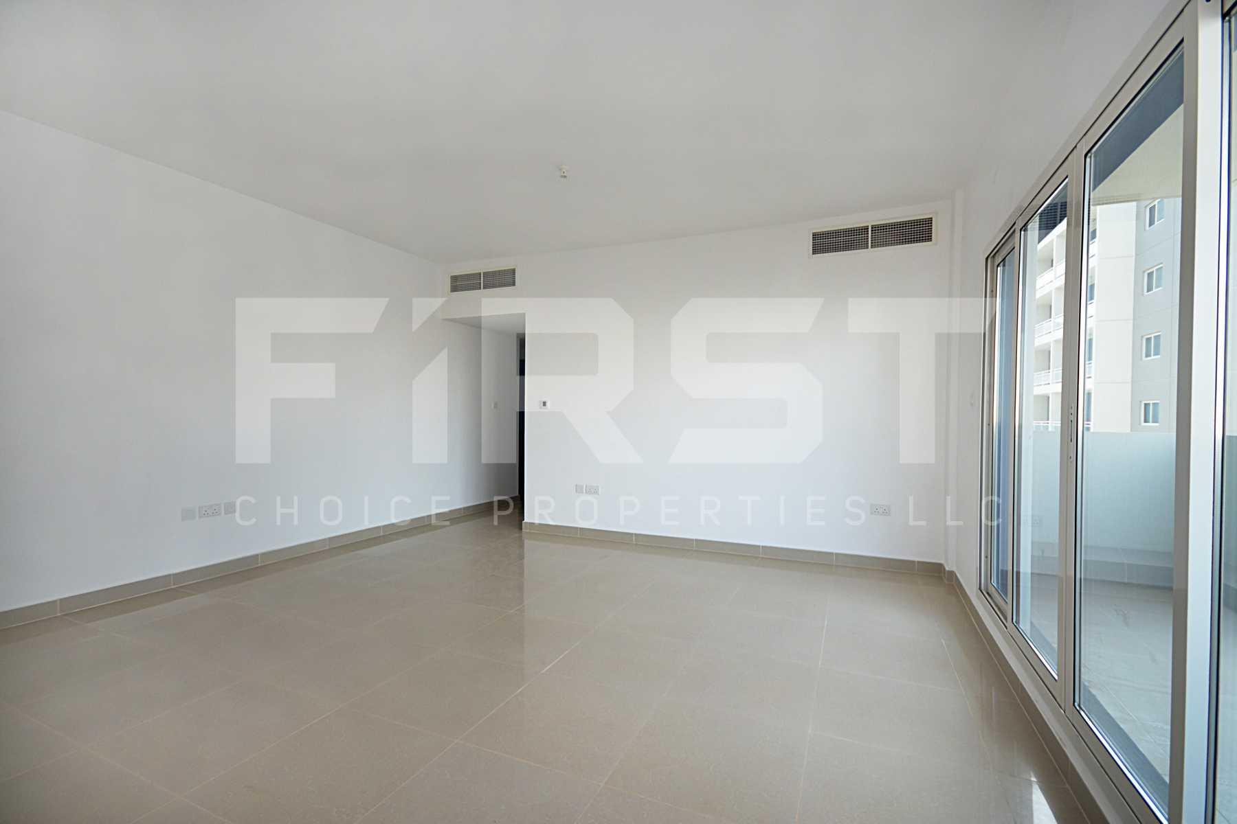 Internal Photo of 3 Bedroom Apartment Closed Kitchen in Al Reef Downtown Al Reef Abu Dhabi UAE (20).jpg