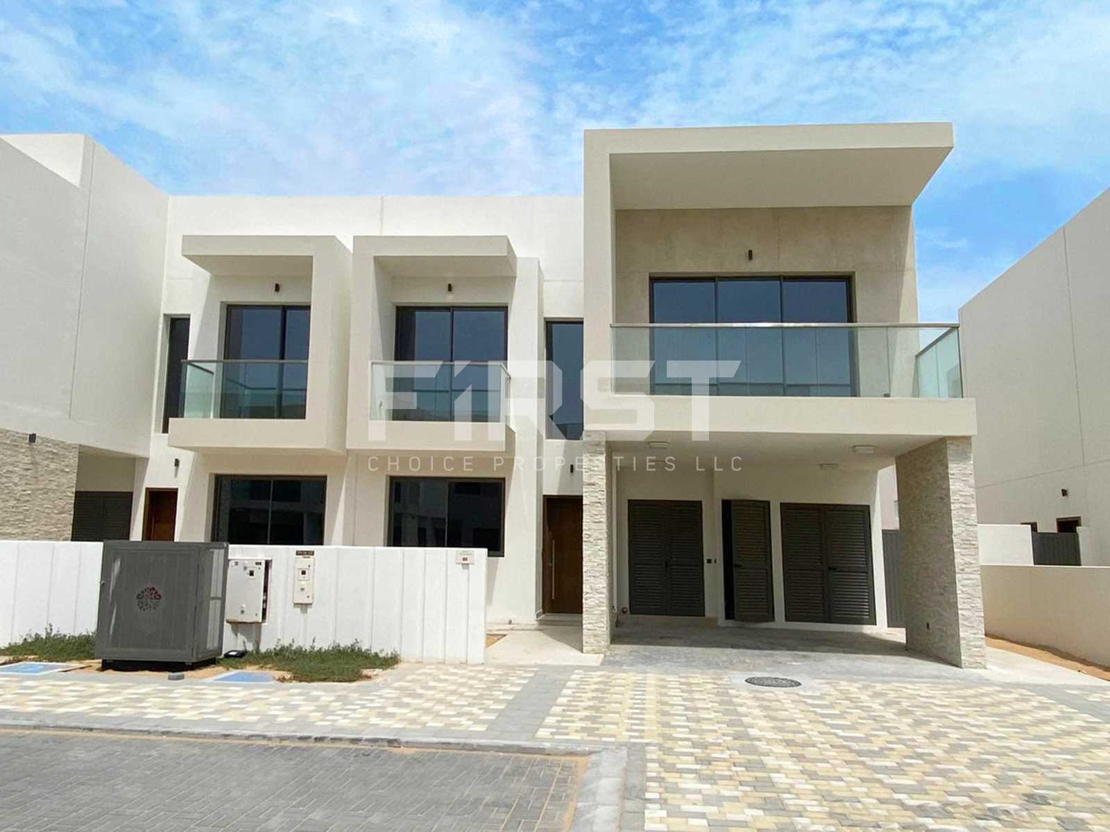 External Photo of 3 Bedroom Duplex Type Y in Yas Acres Yas Island Abu Dhabi UAE (7).jpg
