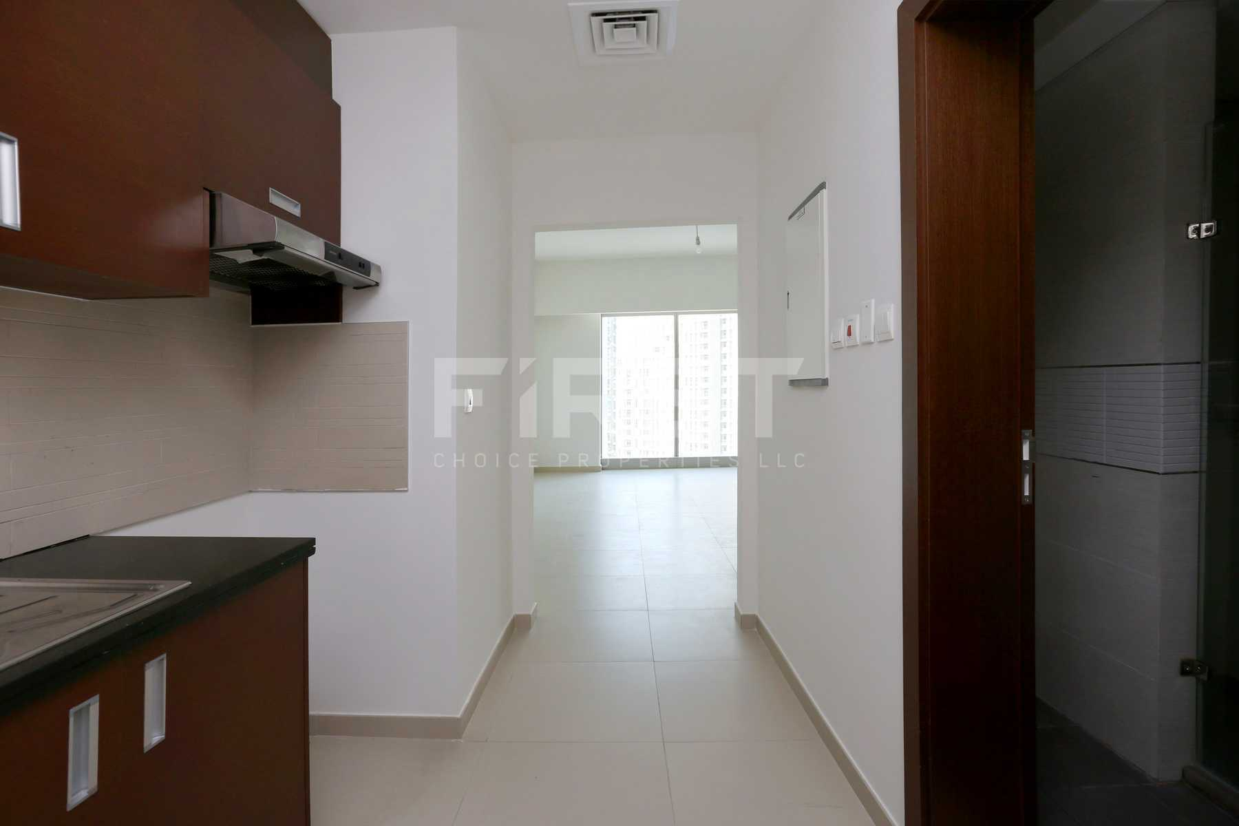 Internal Photo of Studio Apartment in The Arc Al Reem Island Abu Dhabi UAE (1).jpg