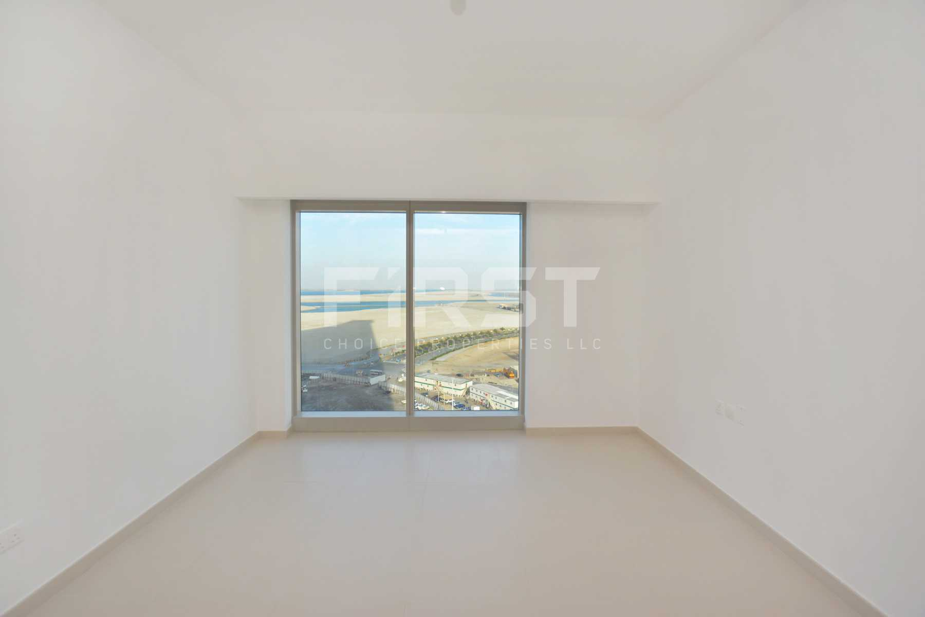 Internal Photo of 1 Bedroom Apartment in The Gate Tower Shams Abu Dhabi Al Reem Island Abu Dhabi UAE (13).jpg
