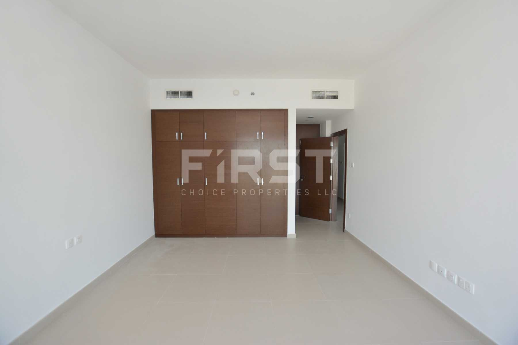 Internal Photo of 1 Bedroom Apartment in The Gate Tower Shams Abu Dhabi Al Reem Island Abu Dhabi UAE (14).jpg