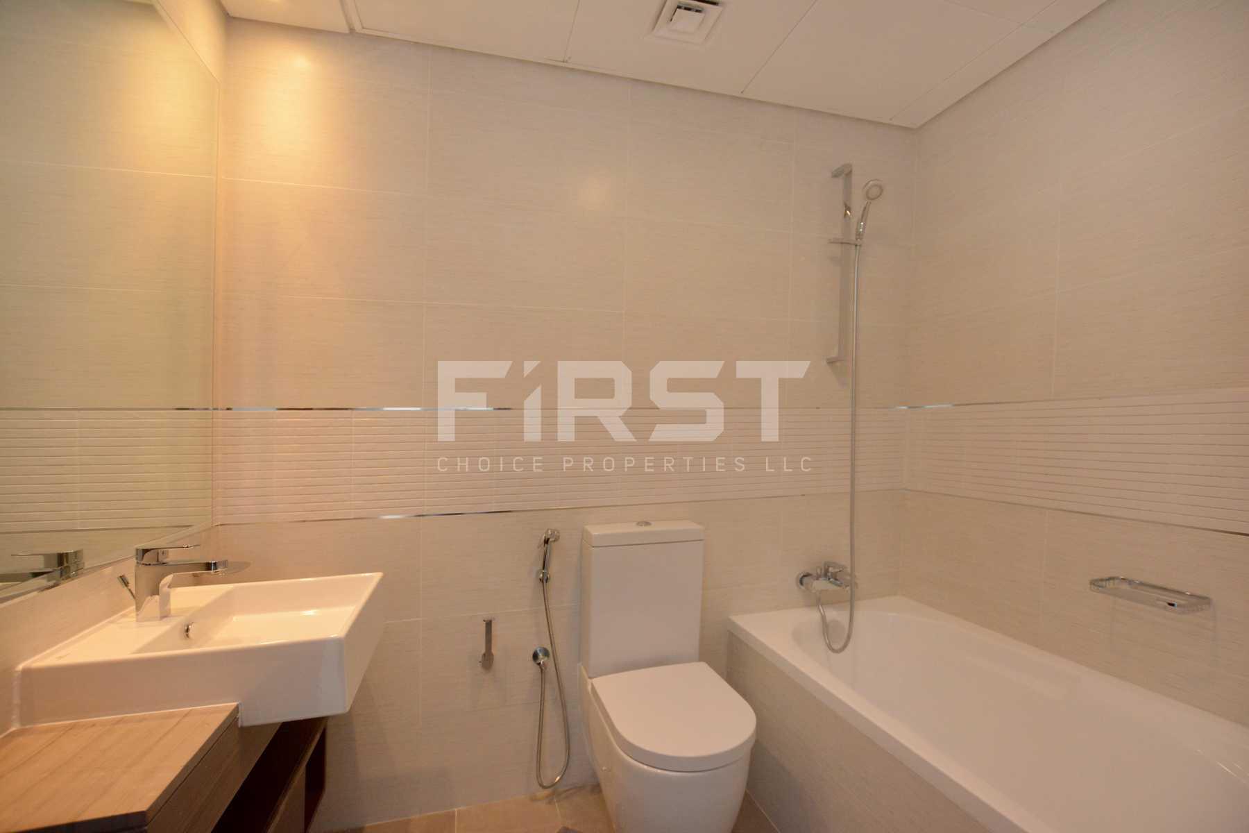 Internal Photo of 1 Bedroom Apartment in The Gate Tower Shams Abu Dhabi Al Reem Island Abu Dhabi UAE (16).jpg