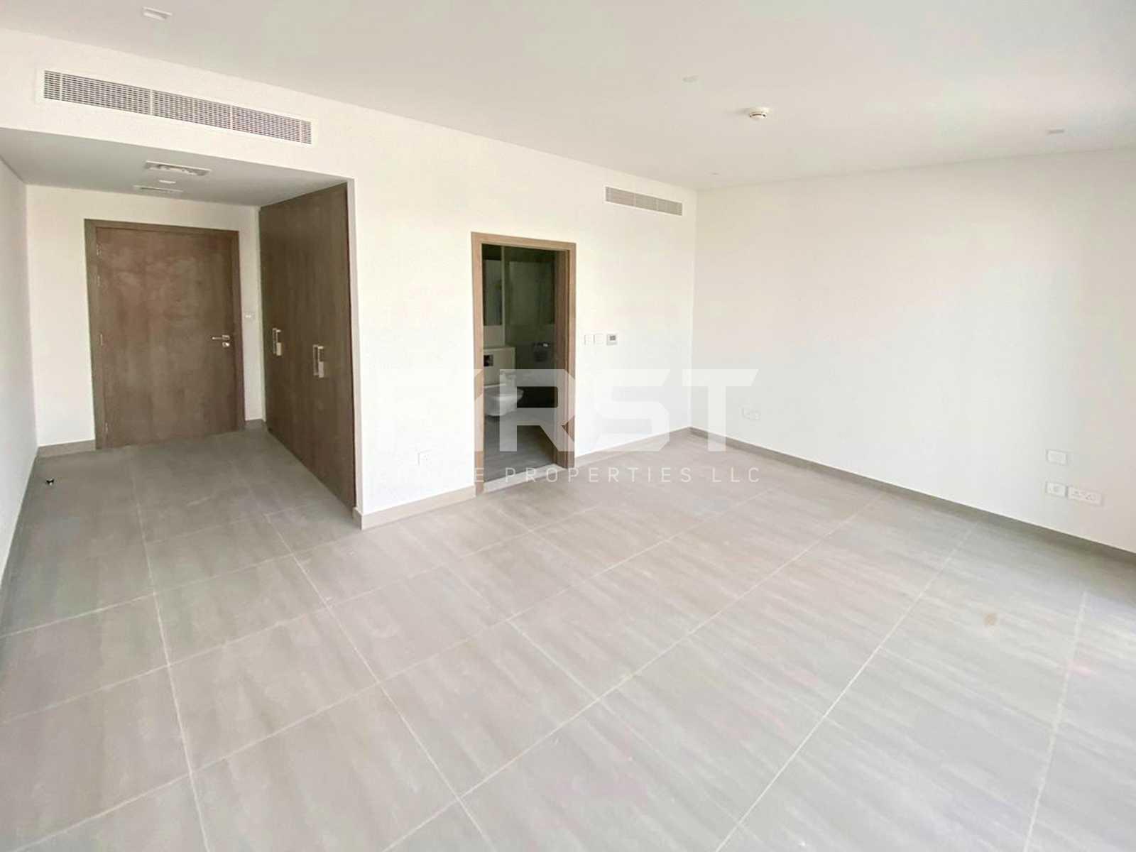External Photo of 4 Bedroom Duplex Type 4Y in Yas Acres Yas Island AUH UAE (7).jpg