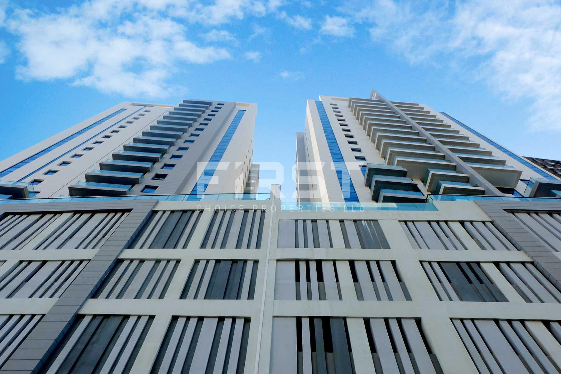 External Photo of Parkside Residence Shams Abu Dhabi UAE (2).jpg
