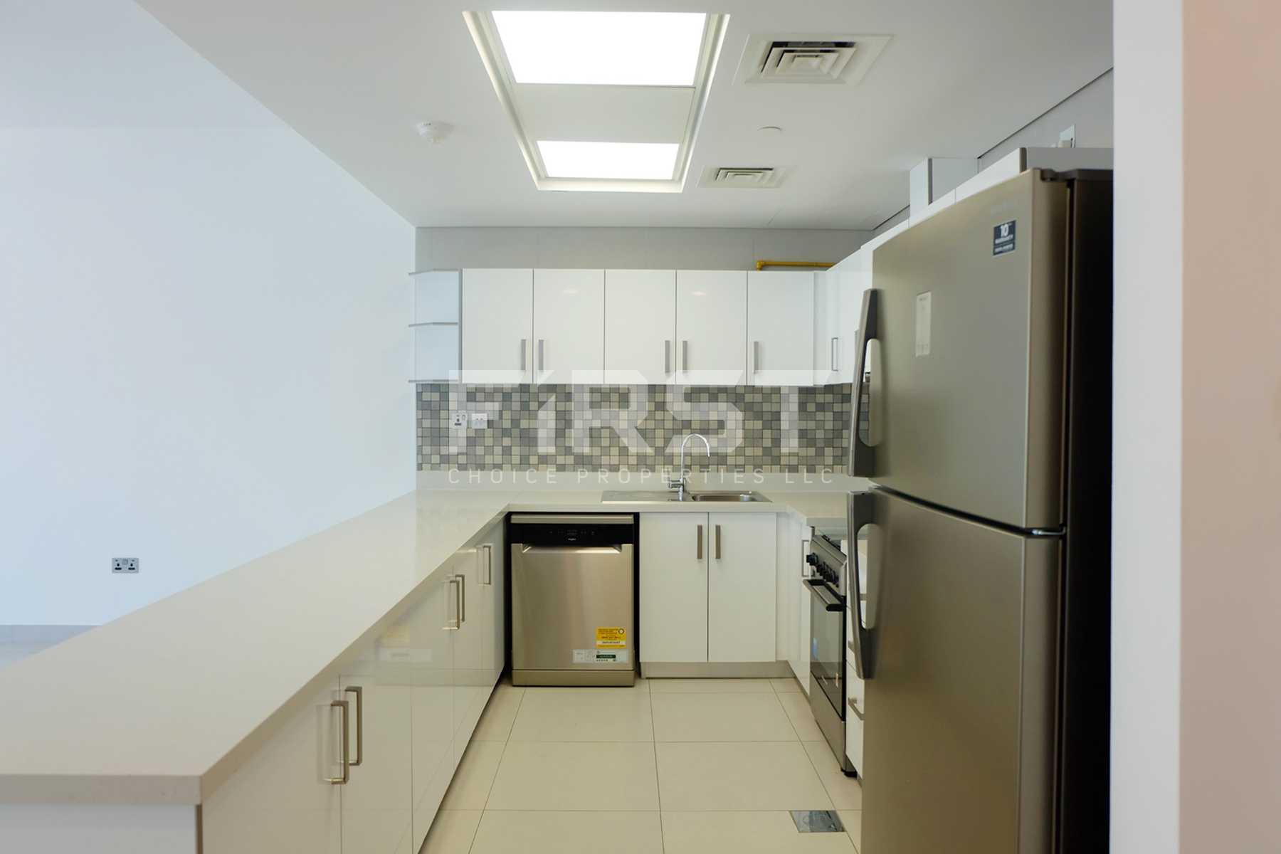 Internal Photo of  2 Bedroom Apartment in Parkside Residence Shams Abu Dhabi UAE (9).jpg