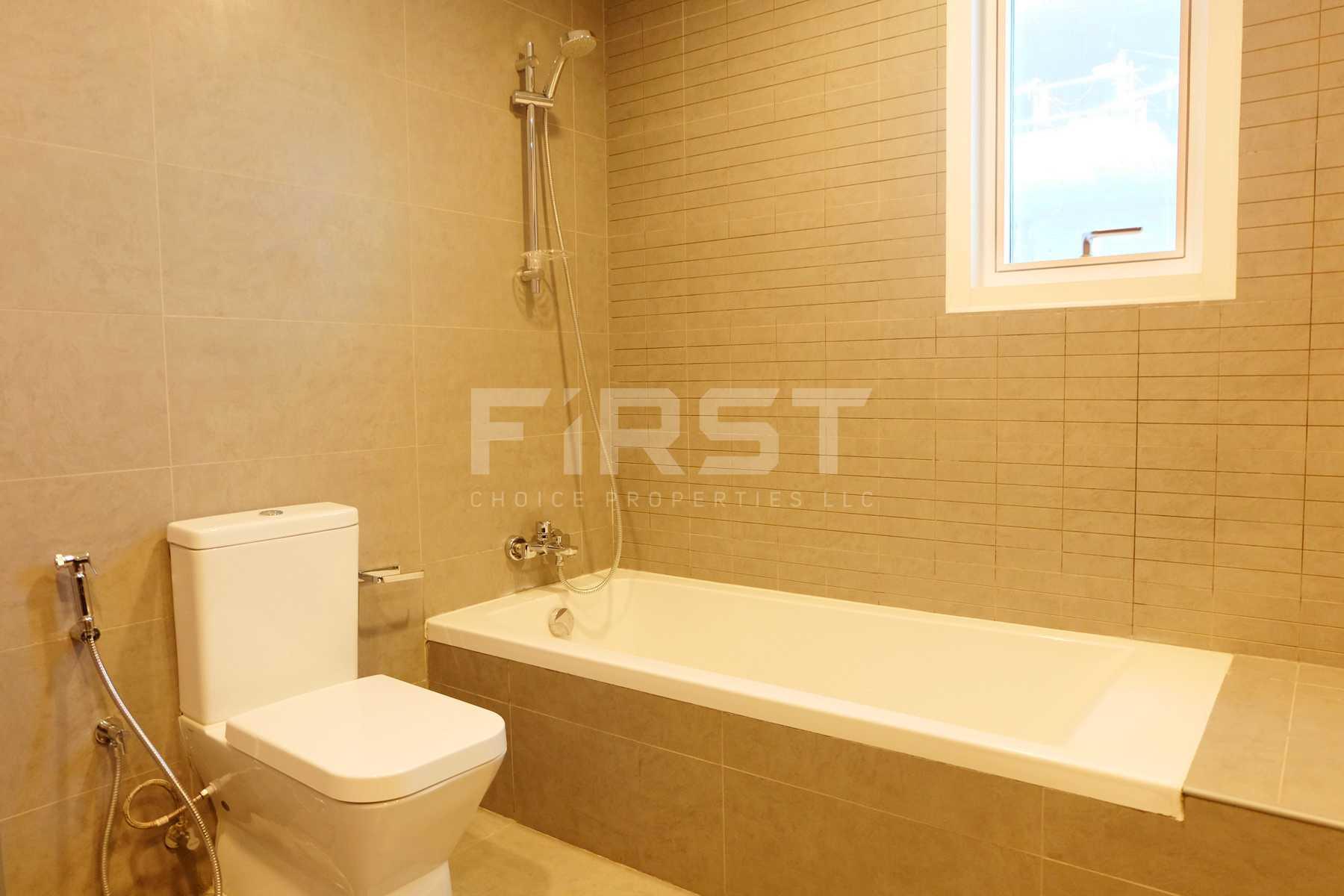 Internal Photo of  2 Bedroom Apartment in Parkside Residence Shams Abu Dhabi UAE (20).jpg