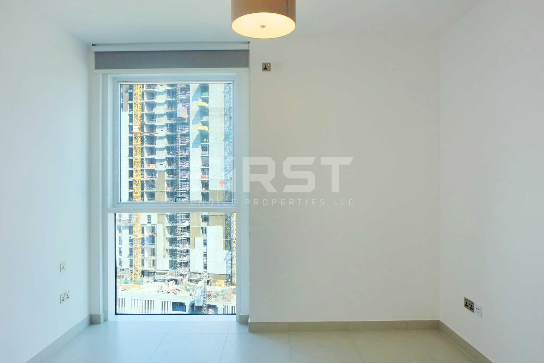 Internal Photo of  2 Bedroom Apartment in Parkside Residence Shams Abu Dhabi UAE (16).jpg