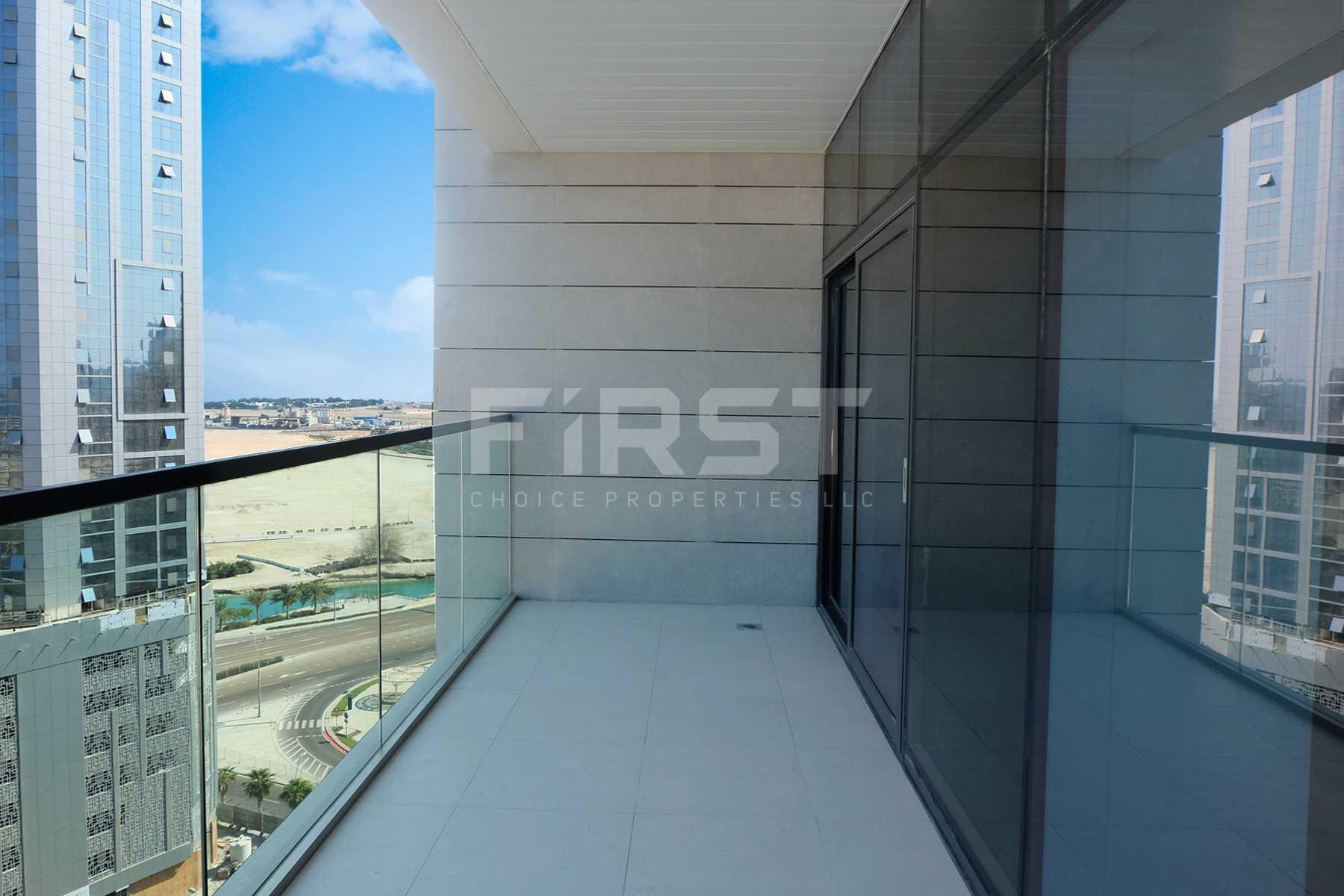Internal Photo of  2 Bedroom Apartment in Parkside Residence Shams Abu Dhabi UAE (25).jpg