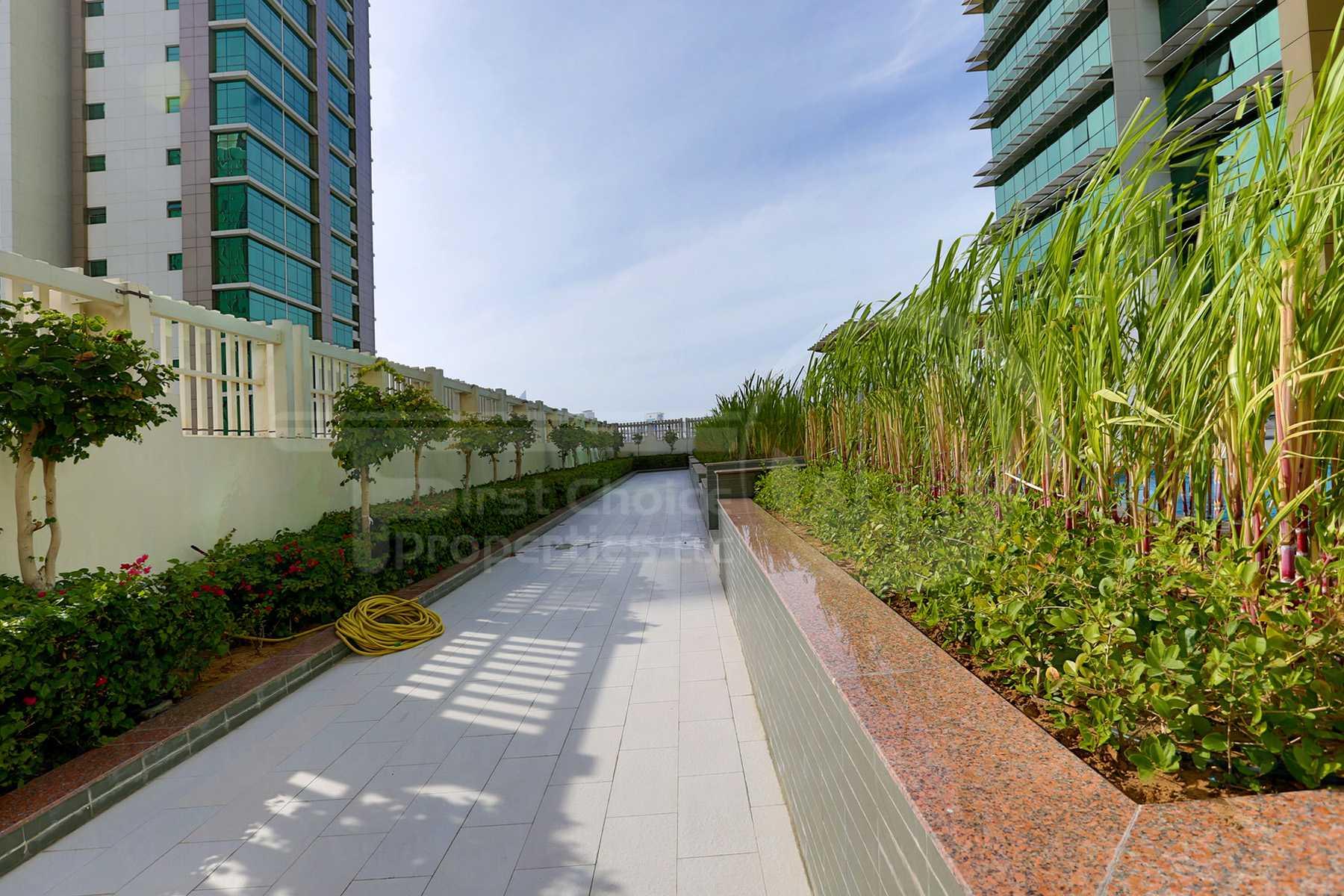 Studio - 1BR - 2BR - 3BR - 4BR Apartment - Abu Dhabi - UAE - Al Reem Island - Tala Tower - Outside View (4).jpg