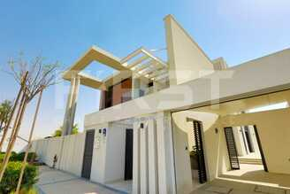 External Photo of 4 Bedroom Villa in West Yas Yas Island Abu Dhabi UAE (2).jpg