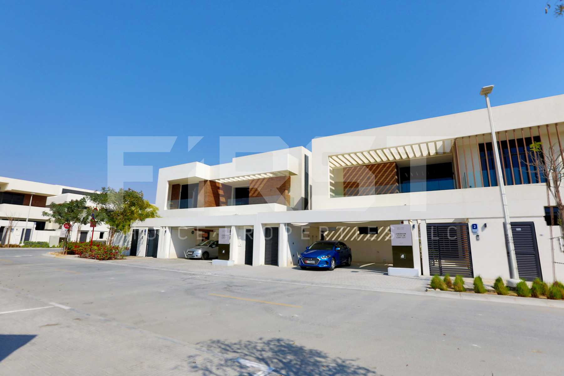 External Photo of 4 Bedroom Villa in West Yas Yas Island Abu Dhabi UAE (19).jpg
