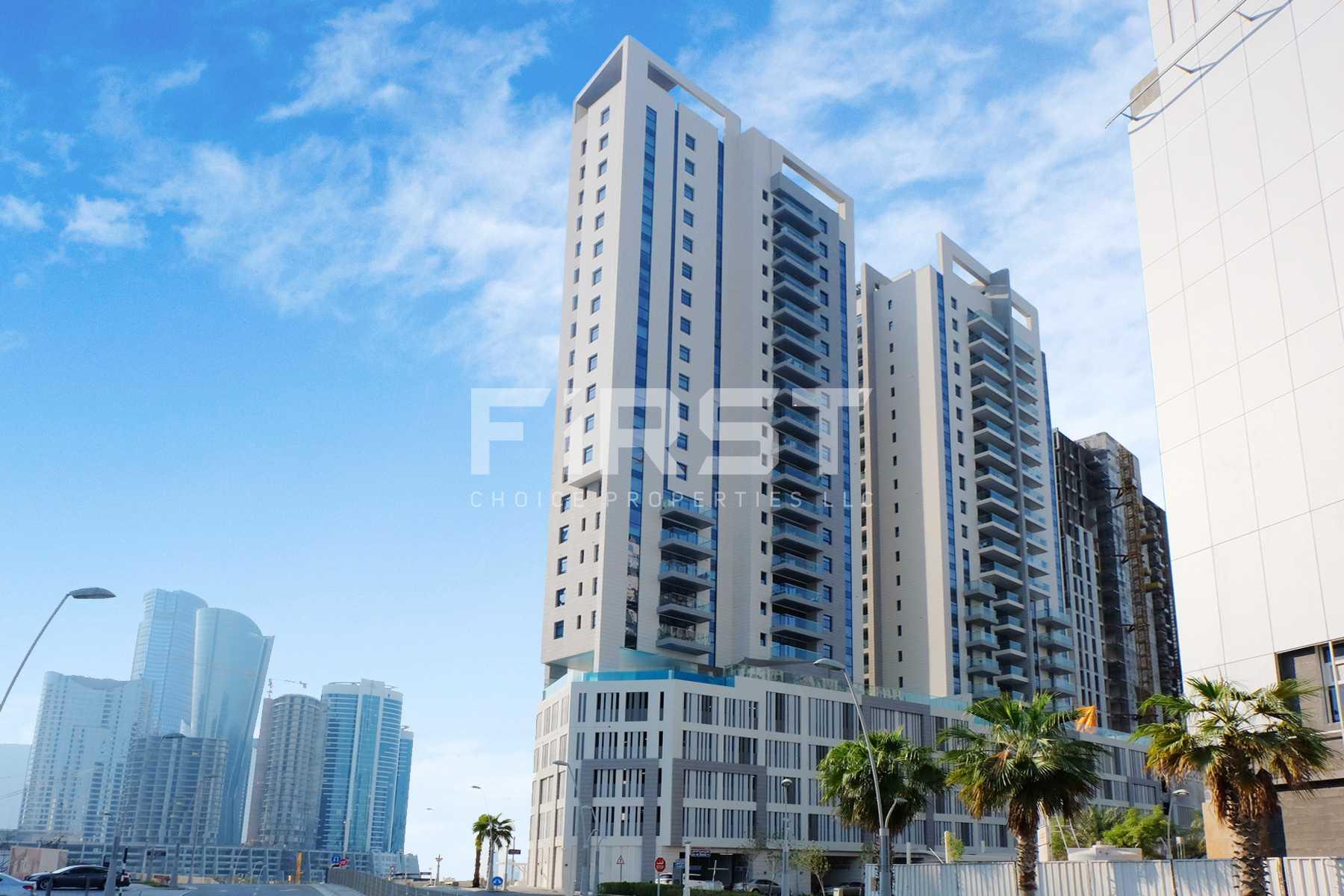 External Photo of Parkside Residence Shams Abu Dhabi UAE (8).jpg
